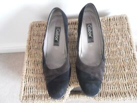 Gabor Two-Tone Black/Brown Round Toe Shoes
