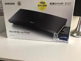 Samsung Ultra HD blue ray + 2.1 Sound Bar