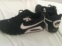 Air max men's trainers size 12