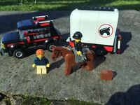 Lego 4x4 horse trailer