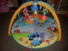 *Bundle*Fisher Price Jumperoo, Play Mat, Bouncer and Sit Me Up Chair