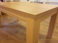 150cm Oak Effect Dining Table Chunky Modern - can seat up to 6 VGC