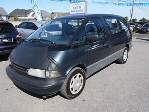 1993 Toyota Previa Select Trim