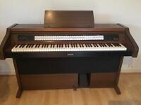 Rodgers C-220 Classical keyboard/church organ piano