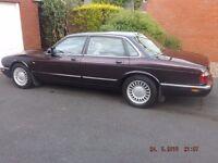 Jaguar XJ8 3.2L Sport 1998 in rare colour and very clean
