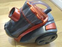 VonHaus 1200W 2L Bagless Vacuum cleaner in Hamilton