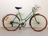 Services Vintage Puch road bike
