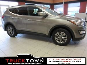 2016 Hyundai Santa Fe Sport HEATED FRONT AND REAR SEATS!!