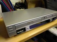 Panasonic Video & DVD/CD Player + cables + remote