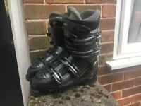 Rossignol ski boots size 5 £30 pick up only