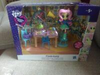 My little pony Equestria Girls *fluttershy* mini playset.