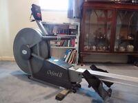 Horizon Oxford II Rowing Machine. Air-resistance flywheel. Fully working, in good condition.
