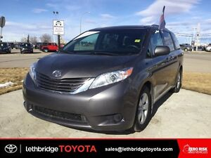 Toyota Certified 2016 Toyota Sienna LE 8-Pass - HEATED SEATS!