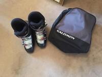Salomon ski boots size 9