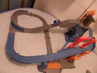 Take Along Thomas & Friends - Blue Mountain Quarry Climb Playset & Thomas Train