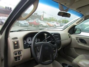 2003 Ford Escape XLS *  HAS TO GO London Ontario image 5