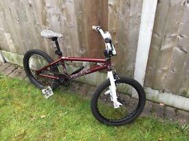 Girls Saracen Spice mountain bike | in Adel, West Yorkshire