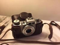 Akarette camera with case