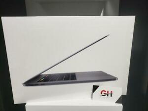 "Store Sale - 2018 Apple Macbook Pro 15"" (Intel Core i9 2.9GHz/4TB SSD/32GB RAM/Radeon Pro Vega 20 w/4GB) 1YEAR WARRANTY"