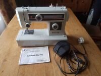 Riccar 494EX Automatic zig zag sewing machine in excellent condition