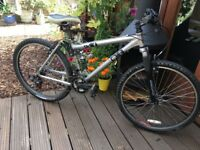 Diamondback aluminium full suspension mountain bike hardly used.