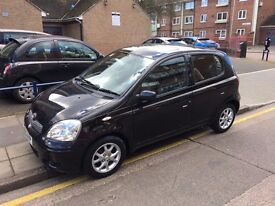 Toyota Yaris 1.3 T Spirit Automatic 2005 Black Only 1 Pre Owner Low Genuine Miles 34K Mint Condition