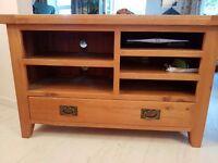 Solid oak TV unit in excellent condition