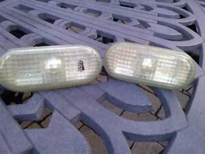 98-04 JETTA GOLF B5 WV OEM CLEAR TURN SIGNAL MARKER LENS BULBS