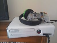 Xbox 360 Console 250gb with Headset & Controller.