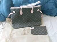 Louis Vuitton women's handbag with purse