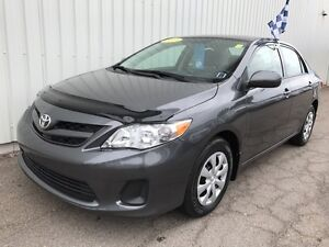 2013 Toyota Corolla CE VERY LOW KM SEDAN WITH GREAT FEATURES,...