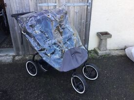 Phil and ted double buggy grey and black with cocoon and raincover