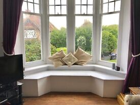 Beautiful double room in relaxed home nr Brighton