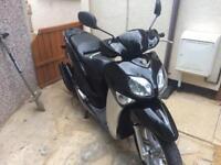 Yamaha 125 xcentre moped