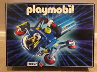 Playmobil Space Galactic Sampling Pod with 2 additional spacemen and robot