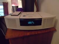 BOSE WAVE CD / RADIO Excellent condition & perfect working order £500 new model AWRC3G