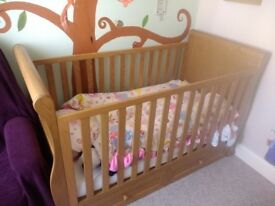 East Coast Langham Oak Sleigh Cotbed and Changing Table/Dresser
