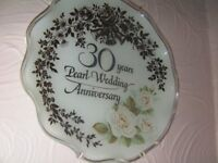 Pearl Wedding Anniversary 30 years Commemorative Plate Excellent Condition