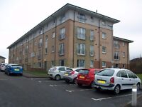 UNFURNISHED 2 bed flat with open aspect towards the River Clyde