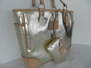 COACH GOLD METALIC LEATHER TOTE HANDBAG AND WRISTLER, $498.00 Windsor Region Ontario image 1