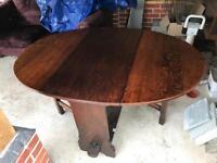 Beautiful Oak antique dining table