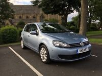 VW GOLF 1.6 TDI BLUEMOTION DSG TOP SPEC SAT NAV HEATED LEATHERS IMMACULATE CAR INSIDE & OUT