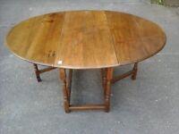 Jacobean style extending Oak table