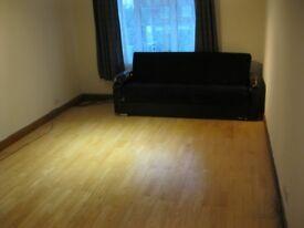 3 Studio flats in Essex, Grays
