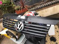 Vw t5 front OEM grill and badge.