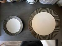 Set of dinner plates