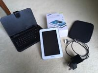 SAMSUNG GALAXY TAB 2 8gb P3110 in as new condition with all original accessories