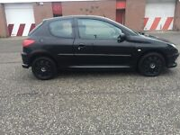 2005 BLACK PEUGEOT 206 FOR SALE!! \\ ONLY 37K MILEAGE!!