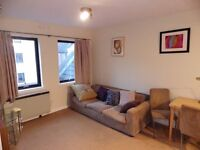 2 bedroom fully furnished second floor flat to rent on Sandport,Leith,Edinburgh