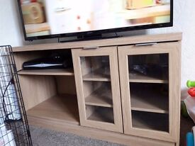 Solid tv unit
